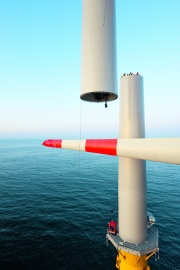 Construction of the first M5000 at offshore windpark alpha ventus